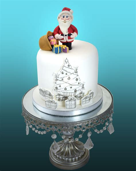 easy classy christmas tree from fondant drawing and painting on fondant rosie cake
