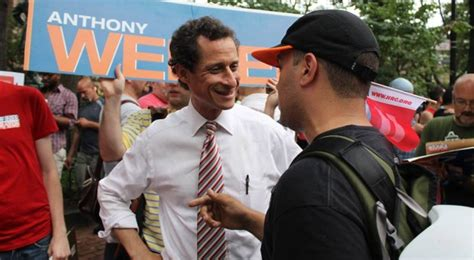 anthony greater is he anthony weiner and 12 signs of power hungry leaders