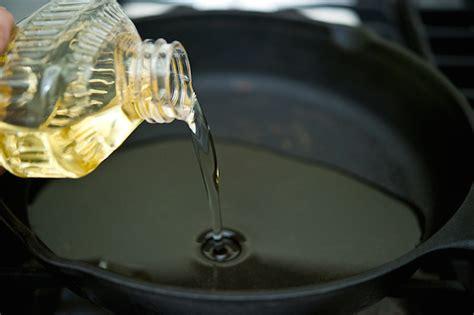 Minyak Goreng Di Borma 7 tips membersihkan noda minyak goreng pada pakaian
