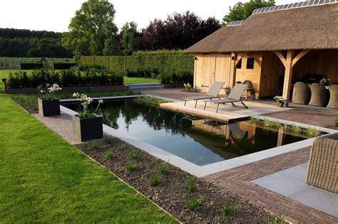 Pool House tuinaanleg de pauw zwemvijver met poolhouse