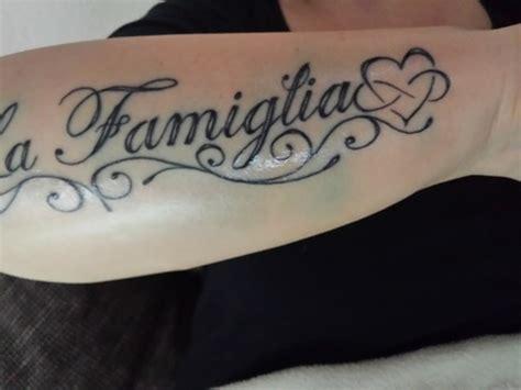 schriftzug unterarm au 223 en gt blow out tattoo bewertung de