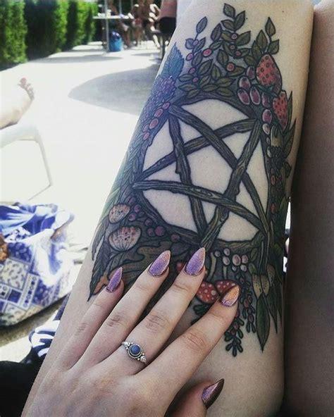 tatuajes g 243 ticos significados e ideas para dise 241 os de tatuajes