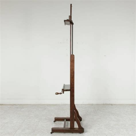 Easel Floor L Early 20th Century Oak Floor Easel With Adjustable Tray And Crank For Sale At 1stdibs