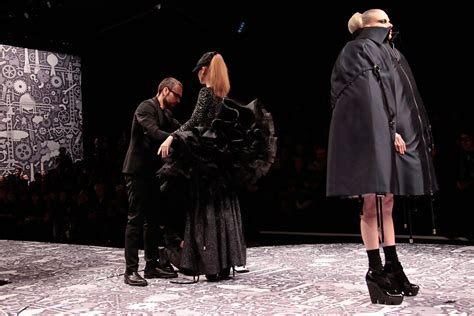 Line Launch Viktor Rolf For Hm Is Ready To Out In A Store Near You Second City Style Fashion by Viktor Rolf In Viktor Rolf Pfw Ready To Wear