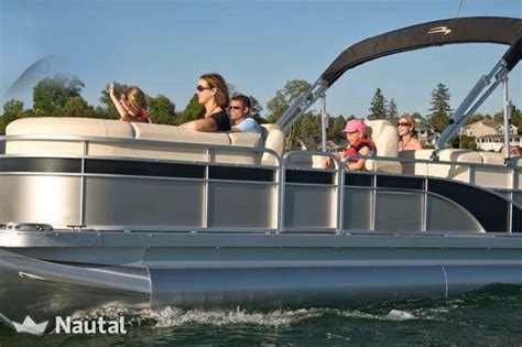 marco island boat charters 23ft luxury tri pontoon boat for charter in marco island