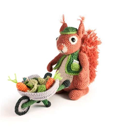 squirrel amigurumi crochet pattern the magic loop cyril the gardener squirrel amigurumi pattern