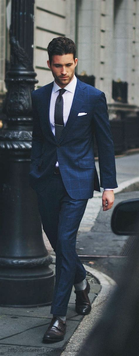 well dress with jacket good hairstyle for a long face best 25 suits ideas on pinterest men s suits mens