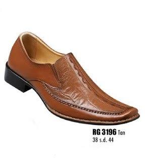 Sepatu Futsal Murah Ready Stock Ukuran 39 43 sepatu pantofel rg 3196 sepatu pantofel