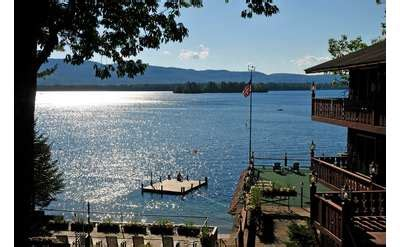 lake george cabins and cottages in the village, on the