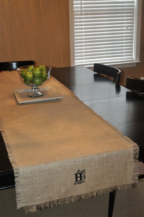a blessed nest burlap table runner in 10 minutes