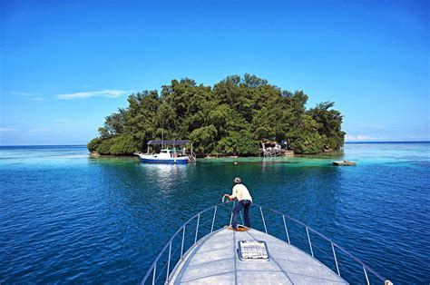 pulau  cantik  kepulauan seribu