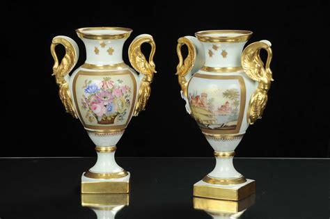 vasi in ceramica antichi coppia di vasi in stile impero in ceramica inizio xx