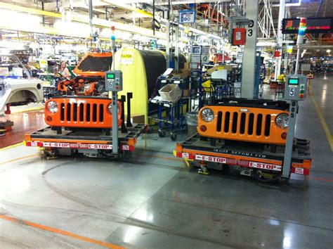 Jeep Dealerships In Toledo Ohio Toledo Pushes To Keep Wrangler Production In City Miami Jeep
