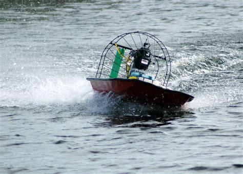 air boat rc 2manytoyz dennis mudmasher rc airboat