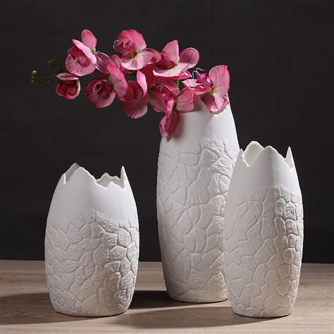 Flower Vase Decoration Home New Design Creative White Pattern Flower Vase Home Decoration Ceramic Vase Flower Holder