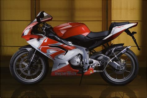 Ktm 125 Rs Ktm Rc 125 Rc 200 And Rc 390 Photos Biketoq Motorcycles