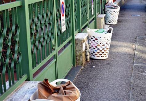 raccolta rifiuti porta a porta il filo mugello 187 nuovo ritardo per il porta a porta
