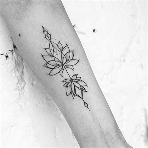geometric lotus tattoo 1000 ideas about geometric flower tattoos on