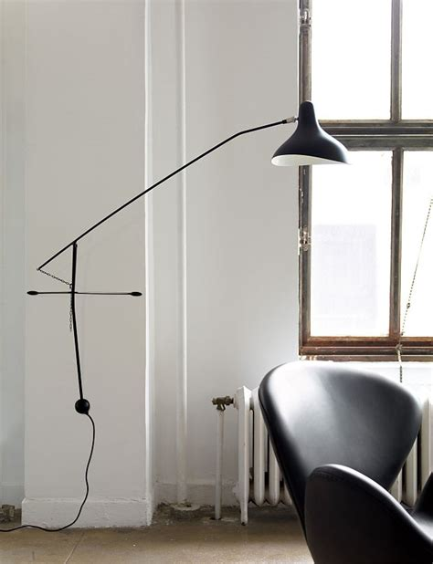 Led Warehouse Lighting Mantis Bs2 Wall Lamp Herman Miller