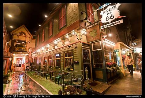 top restaurants in bar harbor maine picture photo route 66 restaurant at night bar harbor