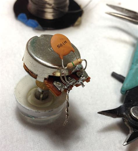 soldering guitar capacitors trouble with treble let it bleed