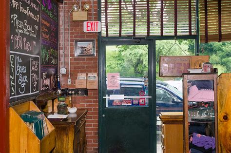 restaurant in plymouth restaurant plymouth nh lucky tavern and grill