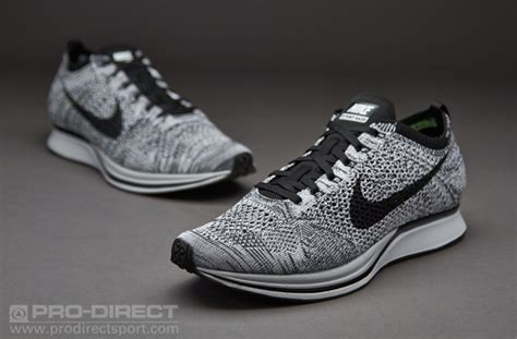 Sepatu Nike Air Presto Flyknit Ultra Black White nike flyknit racer black white laluna rouen fr