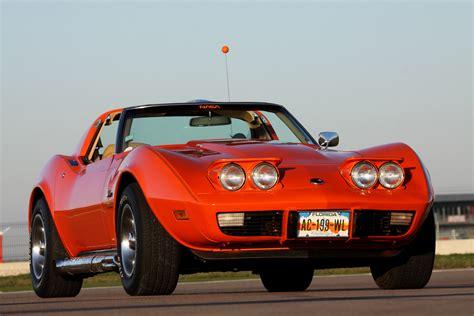 corvette stingray c6 corvette c3 stingray 1976 vs corvette c6 grand sport coup 233
