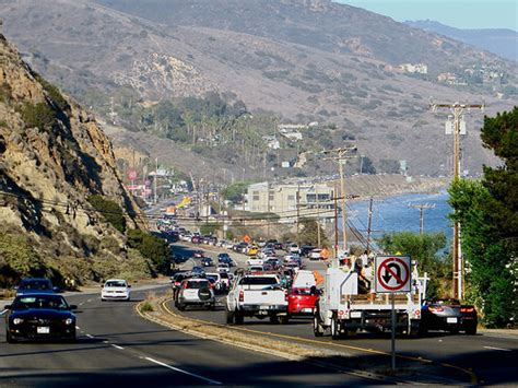 Pch Malibu Road Conditions - pch is closed in both directions in malibu here in malibu