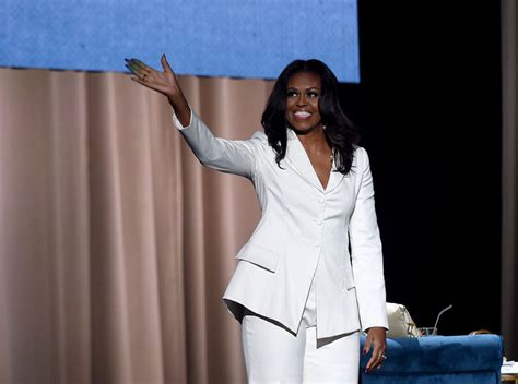 michelle obama tour review 6 inspiring michelle obama quotes from her quot becoming quot book