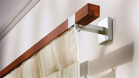gardinenstange modern gardinenstange deckenmontage holz pauwnieuws