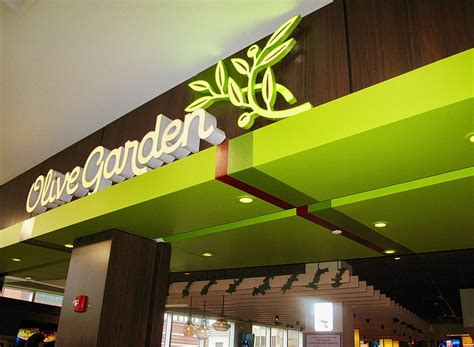 2 for 12 olive garden breadsticks for everyone olive garden opens in harlem new york amsterdam news the new black view