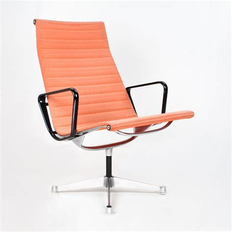 ea116 lounge chair from the sixties by charles amp ray eames