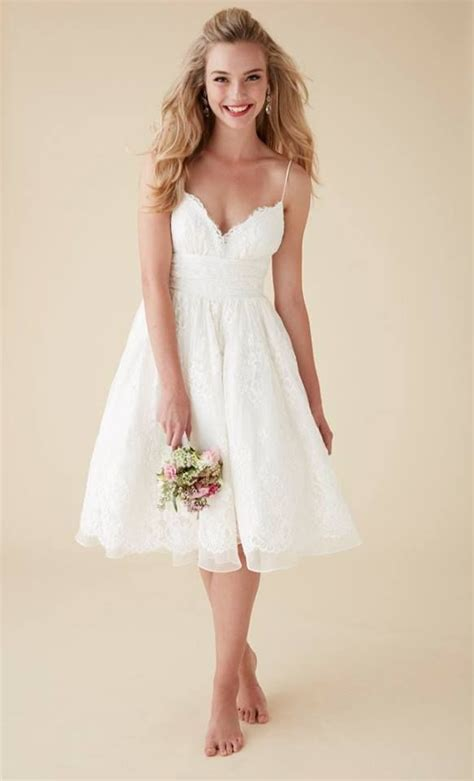 Top 24 Wedding Dress Styles for Petite Bride to be in 2018