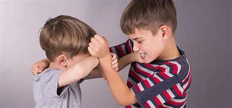 dibujos de niños jugando y peleando 191 cu 225 ndo un ni 241 o es bruto o es pendenciero
