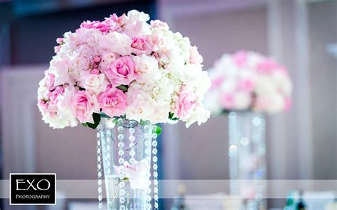 Flower Centerpiece Wedding by Decorations For Weddings Outside And Centerpieces For