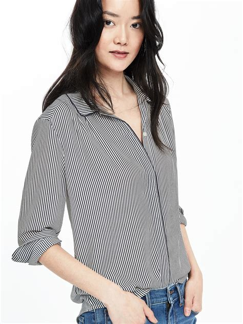Anina Blouse Navy banana republic striped collar blouse in blue lyst
