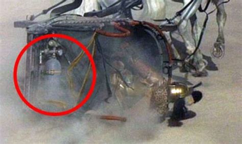 gladiator film errors 18 movie mistakes that went unnoticed for years