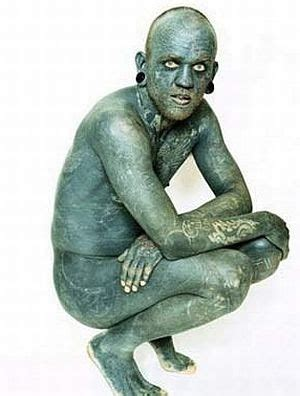 world s most tattooed man lucky rich the world s most tattooed person