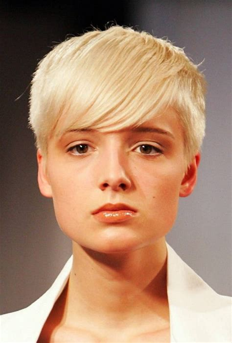 best hair styles for a narrow haircuts for long faces and thin hair