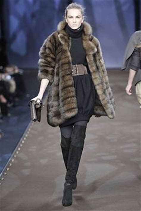 Who Wore It Better Fendi Fur Coat by 1000 Images About Fur Redesign On Lynx Fur