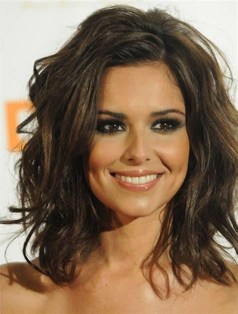 best hairstyles for shoulder length best shoulder length hairstyles for round faces 2017
