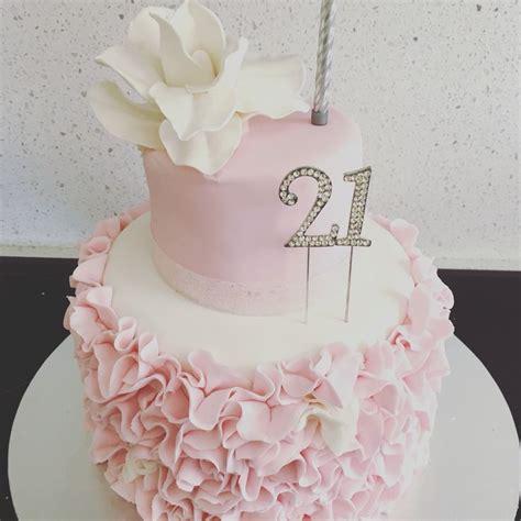 birthday cakes ideas  pinterest pink birthday food  bday cake   cake