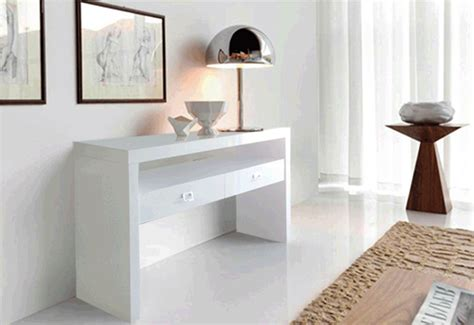 White Hallway Console Table White Hallway Console Table Carved White Hallway Table Traditional Console Tables By Verdugo