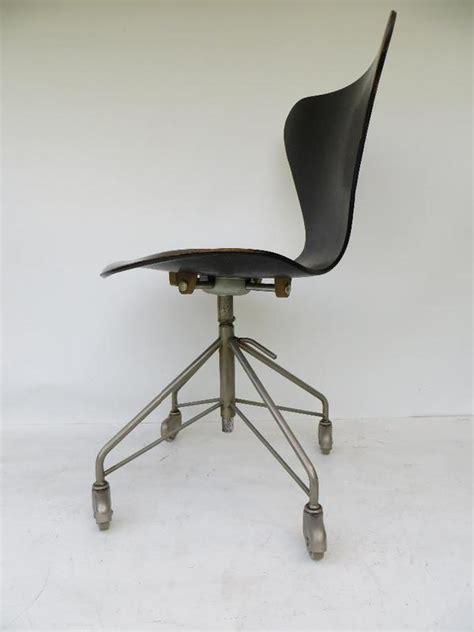 arne jacobsen drehstuhl fritz hansen drehstuhl chair 3117 arne jacobsen desing