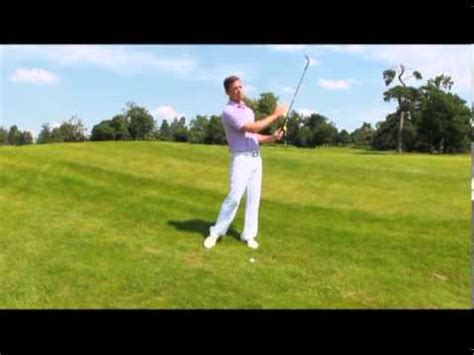 no wrist break golf swing video mike nokes pga quick tips wrist position at the