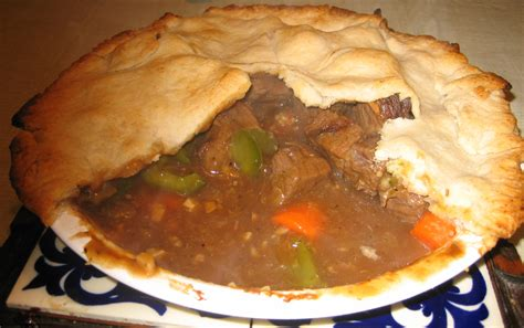 file homemade meat pie jpg wikipedia