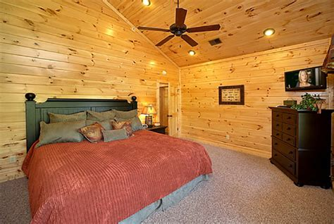 7 bedroom cabins in gatlinburg tn 7 bedroom cabins in gatlinburg gatlinburg tennessee usa