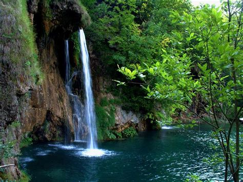 beautiful waterfalls handycore beautiful waterfalls wallpapers