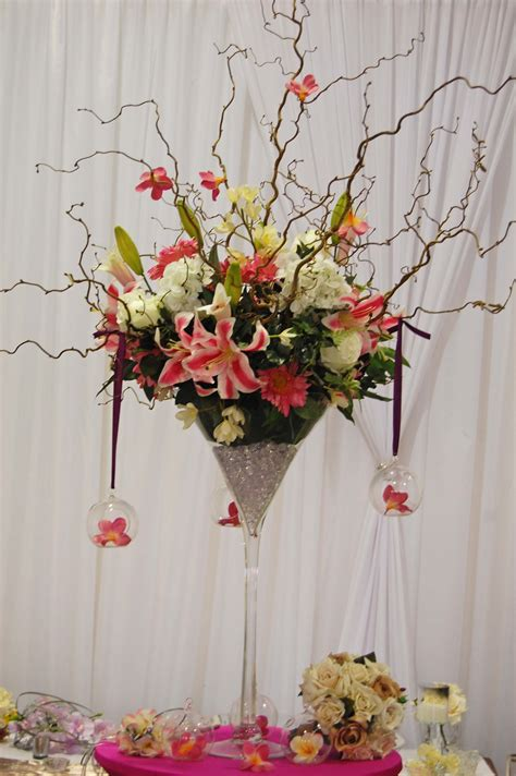 Flower Arrangements In Martini Glass Vases by Martini Glass Flower Arrangement Archive For The Martini Glasses Category Crafts